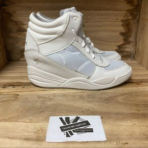 Skechers white wedge sneakers shoes